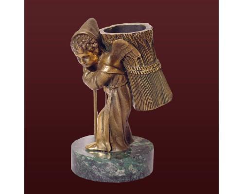 Карандашница Амур (на камне)